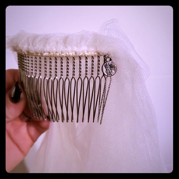 Vera Wang Ivory Wedding Veil